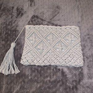 💚Grey Crocheted Clutch